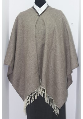 PONCHO WITH TRIM