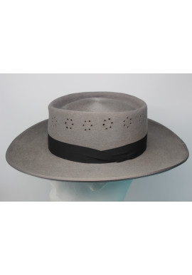 MARISMEÑO HAT WITH VENTILATION HOLES