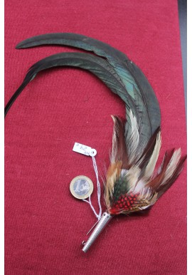 FEATHERS BROOCHES AND PINS